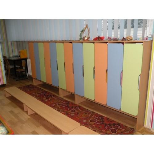 Шкаф для переодевания